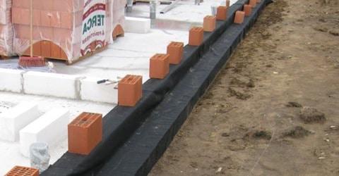 des problèmes d'humidité liés à l'isolation des murs creux