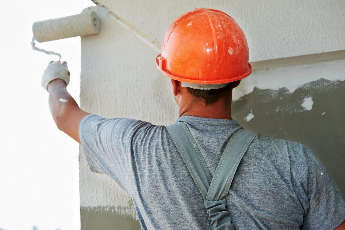 traiter infiltration d'eau avec peinture anti-humidité